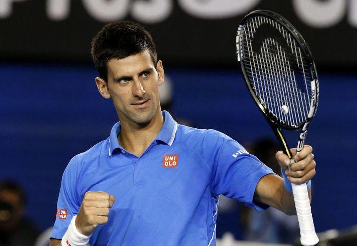 El tenista serbio buscará conseguir su primer título de Grand Slam de la temporada 2016. (AP)