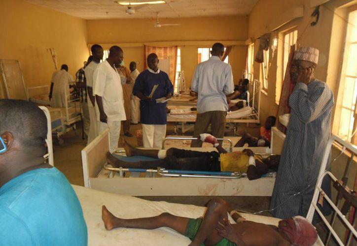 Víctimas de un atentado suicida en Damaturu, Nigeria, donde 14 personas murieron y 26 resultaron heridas. (Agencias)