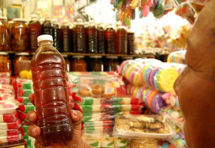 La miel yucateca, uno de los productos que estará presente en la  Expo 'México Alimentaria 2016 Food Show', que se realizará en la CdMx. (Milenio Novedades)