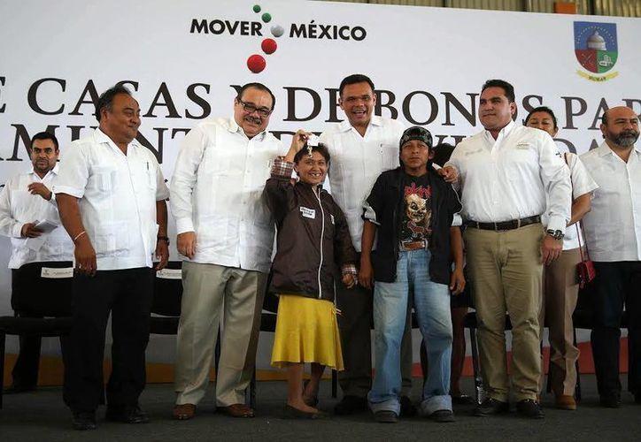 Zapata Bello y Ramírez Marín encabezaron un acto en Umán. (Milenio Novedades)