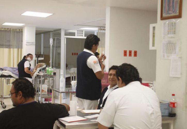 La regulación será para enfermeros, médicos y personal administrativo en todo el Estado. (Paloma Wong/SIPSE)