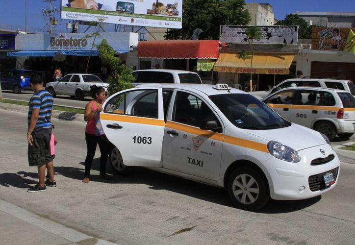 Las patrullas son para la vigilancia de los taxistas que diariamente brindan servicio en la ciudad. (Ángel Castilla/SIPSE)