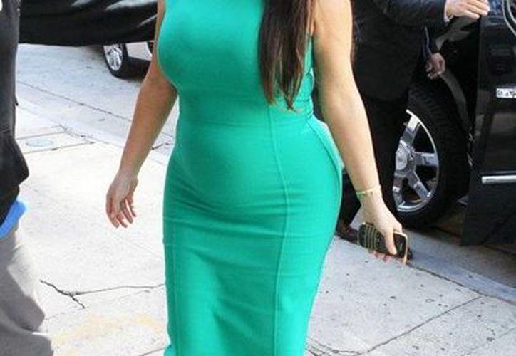 Kardashian seguramente publicará pronto las primeras fotos de su hija en redes sociales. (huffingtonpost.com/Archivo)