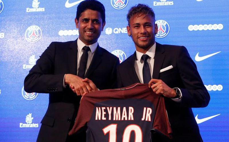Ya es oficial: Neymar cambia Barcelona por París