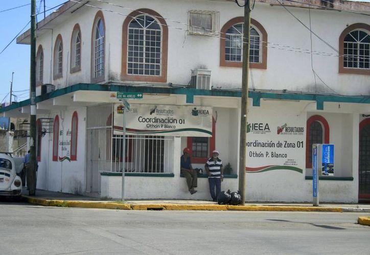 El director del Instituto Estatal de Educación para Jóvenes y Adultos (IEEA), Javier Novelo Ordóñez, dijo que en estado existen 309 mil analfabetas. (Archivo/SIPSE)