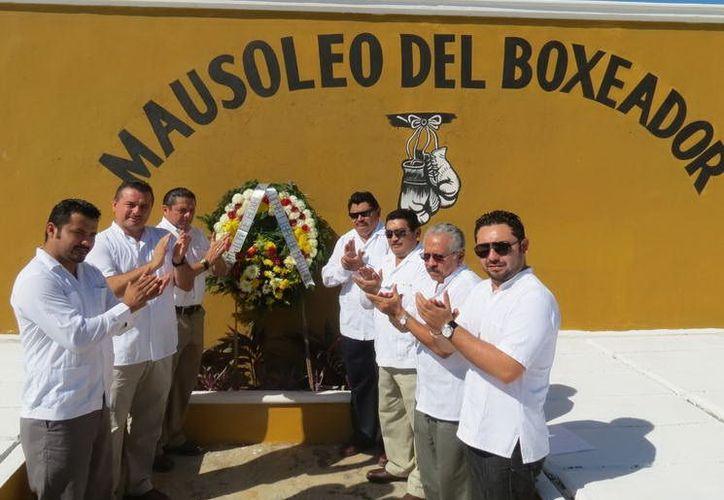 El invitado de honor al  emotivo acto fue el director del Instituto Municipal del Deporte, Jesús Aguilar Aguilar. (SIPSE)