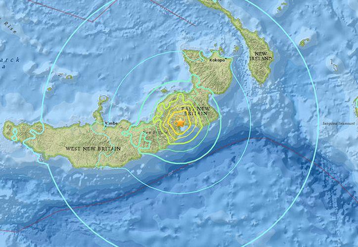 Tras el movimiento telúrico registrado horas atrás, las autoridades de Nueva Guinea han emitido alerta de tsunami. (SIPSE)