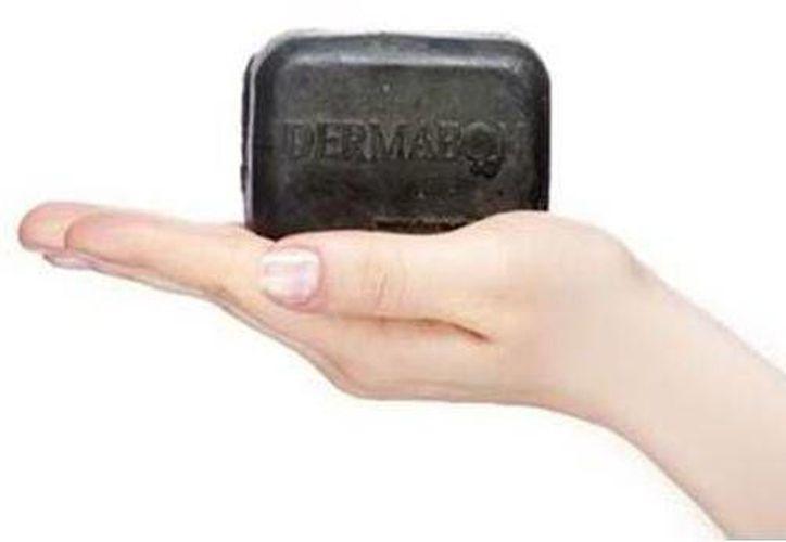 Mexicano inventa jabón que lucha contra la psoriasis