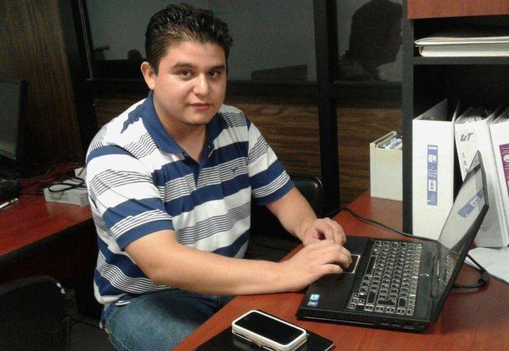 Luis Aguilar, docente de la UT Cancún. (Victoria Gonzalez/SIPSE)