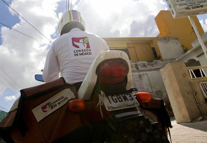 El panorama se ensombreció para muchos trabajadores de Correos de México: más de 2,000 ya no tendrán trabajo, 62 de ellos de Yucatán. La imagen está utilizada solo con fines ilustrativos. (Archivo/NTX)