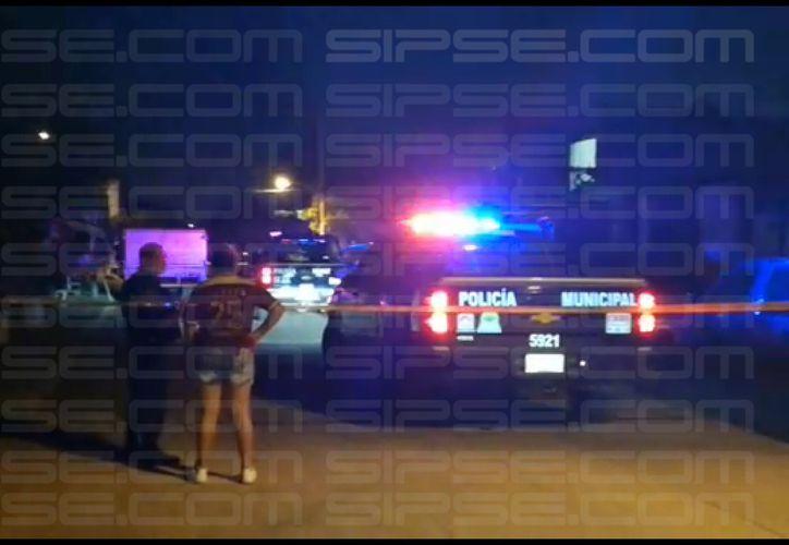 Los heridos fueron llevados al hospital por sus familiares. (Redacción/SIPSE)