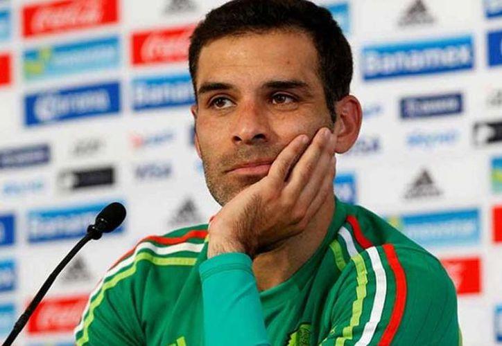 A raíz de que se le relacionara con el narcotráfico, la carrera del futbolista a venido en picada de manera rápida. (Foto: Contexto/Internet).
