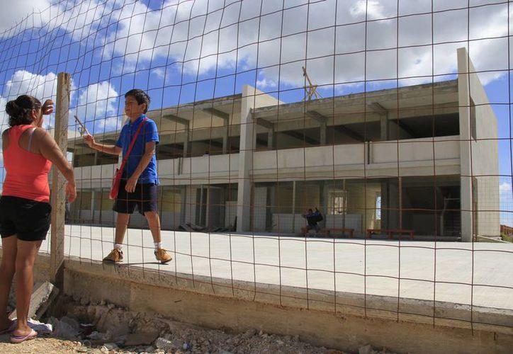 Las escuelas que han sido entregadas son los jardines de niños de Villas del Mar Plus, y el de Prado Norte. (Victoria González/SIPSE)