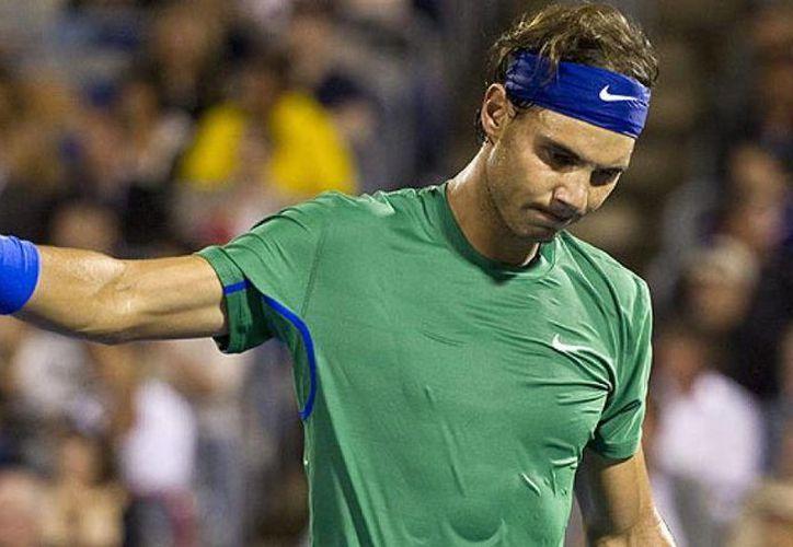 En imagen, Rafael Nadal en su derrota contra Mardy Fish que lo dejó fuera del Masters de Cinncinatti. El español espera rescatar la campaña con el US Open, el último Grand Slam del año. (Archivo Associated Press)