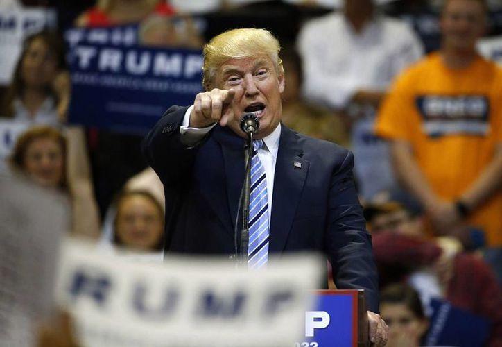 Su jactancia sexual y su machismo han definido la campaña de Donald Trump, según el periódico Los Angeles Times. (AP)