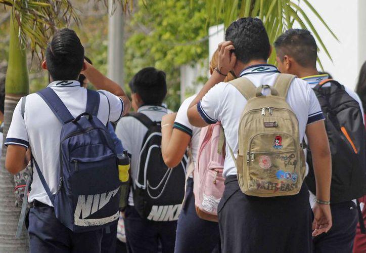 Los espacios para los jóvenes han quedado cada ciclo escolar limitados. (Jesús Tijerina/SIPSE)