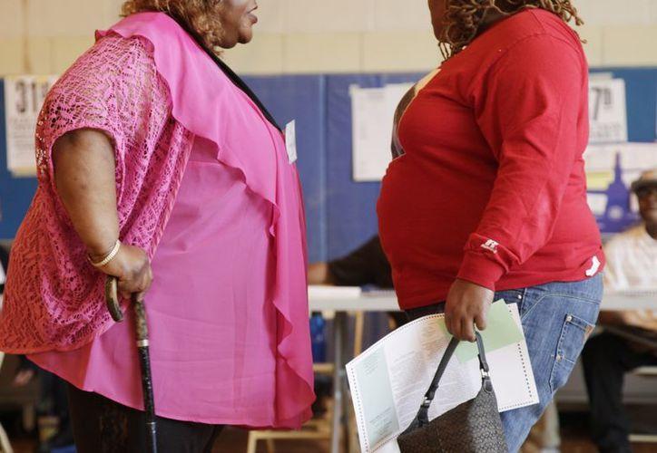 La obesidad podría empeorar algunos tipos de cáncer, afirman. (Agencias)