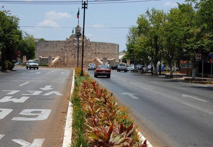 Planean revivir el Paseo de Montejo con nuevas inversiones. (Archivo/ Milenio Novedades)