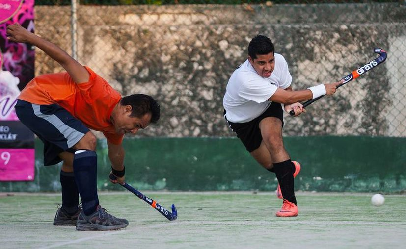 Con gran intensidad se vivieron los partidos finales del torneo. (Raúl Caballero/SIPSE)