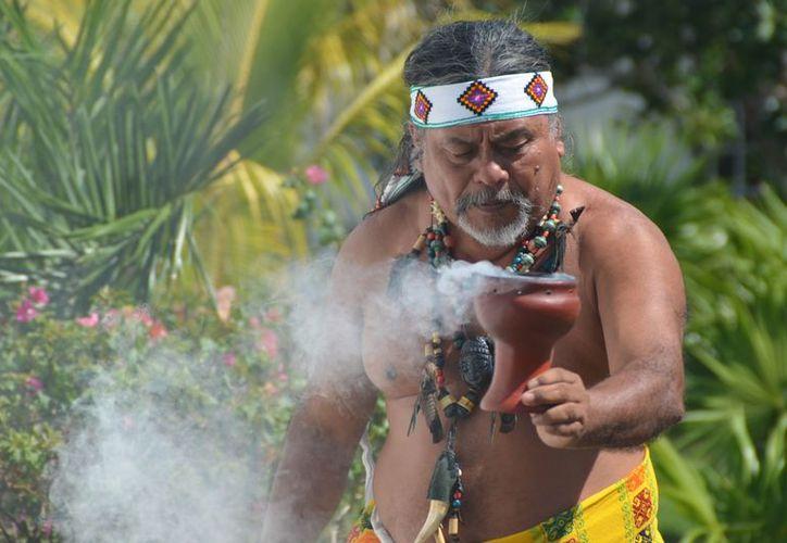 En la Casa de Cultura de Playa del Carmen habrá ceremonias, se expondrán fotografías, esculturas y pinturas. (Yenny Gaona/SIPSE)