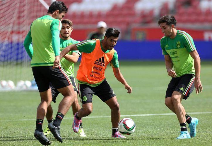 La Selección realizó un entrenamiento ayer jueves para su compromiso ante Trinidad y Tobago. (Foto: Notimex)