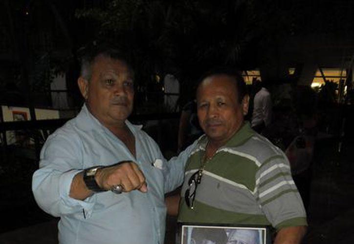 """Los yucatecos Miguel Canto Solís y Freddy """"Chato"""" Castillo, entre los invitados especiales al homenaje boxístico a Muhammad Alí. (SIPSE)"""