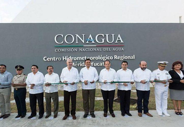 La Conagua inauguró el segundo Centro Hidrometeorológico Regional en Mérida, acto protocolario que encabezó el gobernador de Yucatán, Rolando Zapata Bello. (yucatan.gob.mx)