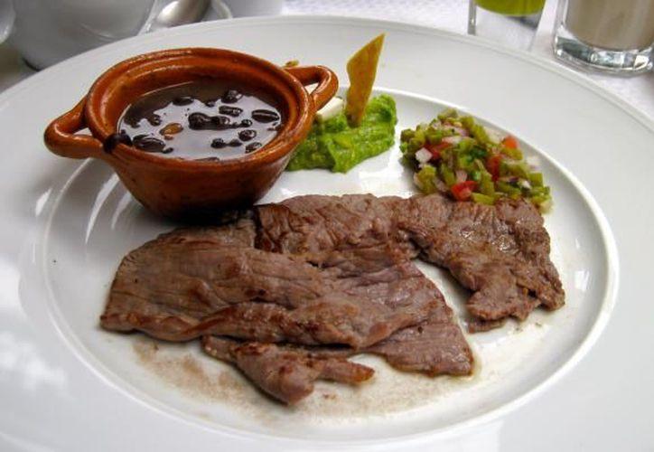 Este manjar heredó la preparación del jamón serrano español que se trajo durante la conquista Española.(Foto: México Desconocido)