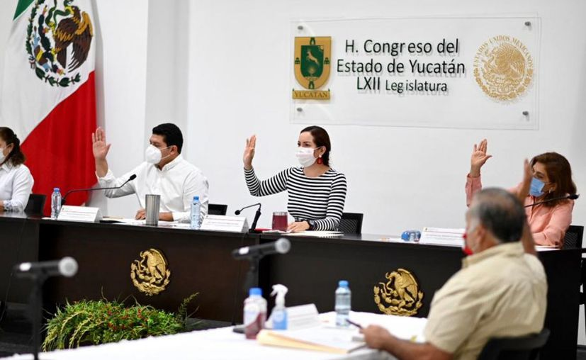 Aspecto de la votación a las solicitudes de tres municipios para contraer deuda. (Novedades Yucatán)