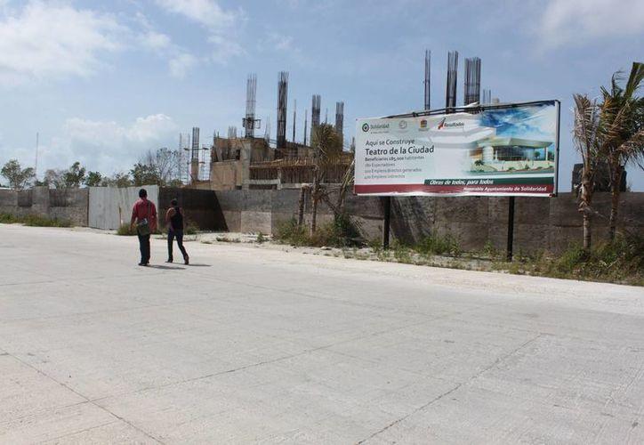 Paralizan la construcción de obras y eliminan de la lista al Teatro de la Ciudad y la nueva sede del palacio municipal. (Adrián Barreto/SIPSE)
