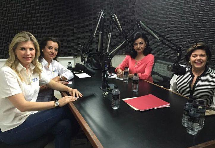 Annel Macías Arreola, Silvia Sarti González de Molina,  Mary Lyz Escalante y Alis García.  (Facebook)