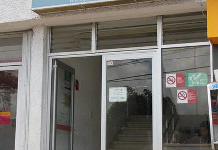 Los inspectores de la dependencia recomendaron a las instituciones entregar la lista de útiles y libros. (Consuelo Javier/SIPSE)
