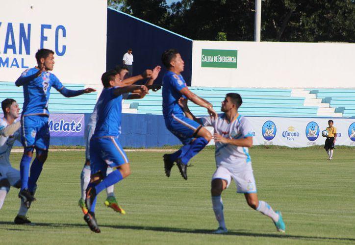 Yalmakan FC se enfrentó este viernes ante América Premier en la Ciudad de México. (Miguel Maldonado/SIPSE)