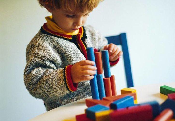 Durante décadas, el autismo significó que los niños padecían severos impedimentos lingüísticos, intelectuales y sociales. (sysabe.com)