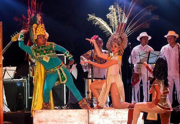 No solo se realizaron shows sino que hubo narraciones en lengua maya. (Milenio)