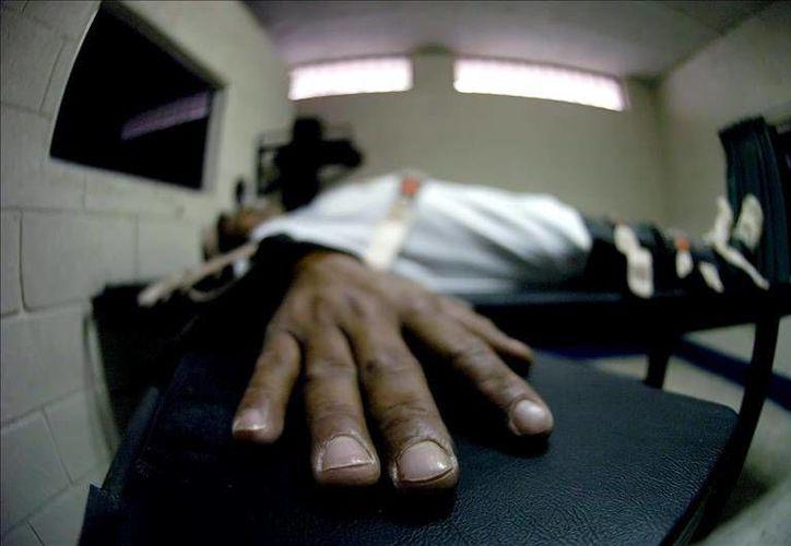 La sentencia de muerte emitida hace 25 años contra el reo mexicano Héctor Torres García, por el homicidio de un adolescente durante un robo a una tienda será revisada por orden de la Corte de Apelaciones Criminales de Texas. (EFE)