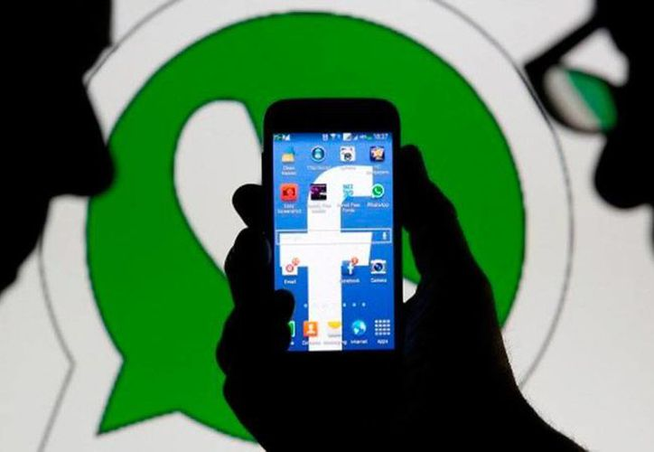 Tras la fusión de Facebook y Whatsapp, miles de usuarios recibieron mensajes falsos de 'reactivación de cuentas' que lo único que buscaban era acceder a la información del cliente. (Foto de contexto/actualidad.rt.com)
