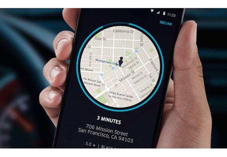 La app de Uber permite calcular el costo entre ser el propietario de un automóvil o utilizar sus servicios. (Foto: SDP)