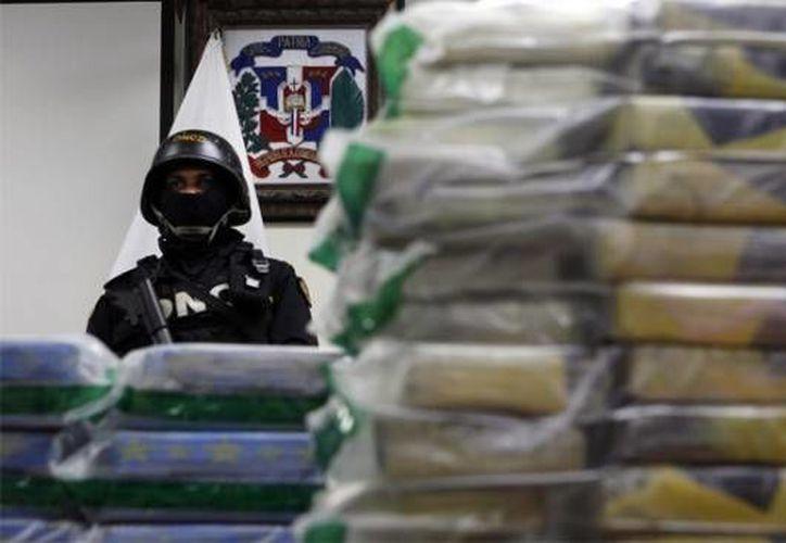 En marzo de 2012 agentes antinarcóticos confiscaron en ese puerto 807 kilogramos de cocaína camuflados en un cargamento de tabaco. (elviajero.com.do)