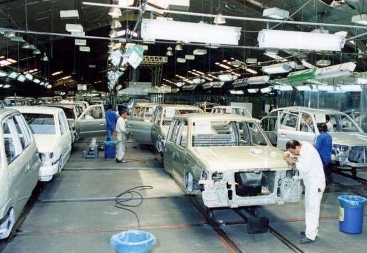Las exportaciones de productos de la industria automotriz crecieron 16.6%. (SIPSE/Archivo)