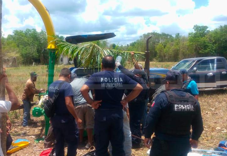 El joven ya tenía medio cuerpo dentro de la desbrozadora cuando llegaron los cuerpos de emergencia. (Redacción/SIPSE)