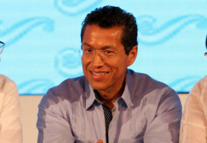 El titular del Servicio de Administración Tributaria, Aristóteles Nuñez, adelantó que el SAT revisará los límites para ser optativos los límites del dictamen fiscal. (Milenio Novedades)