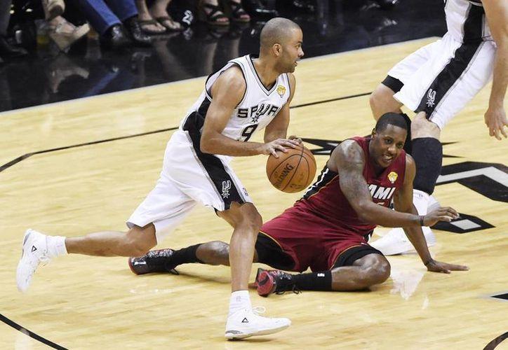 Heat de Miami está preocupado por la disputa del cuarto partido con los Spurs de San Antonio de las Finales de la NBA. (EFE/Archivo)
