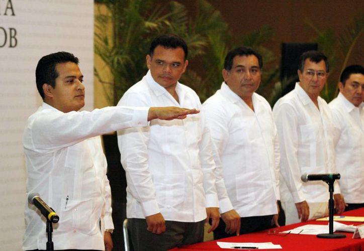 Omar Corzo Olán toma protesta como coordinador estatal de la Segob en Yucatán. (Christian Ayala/SIPSE)