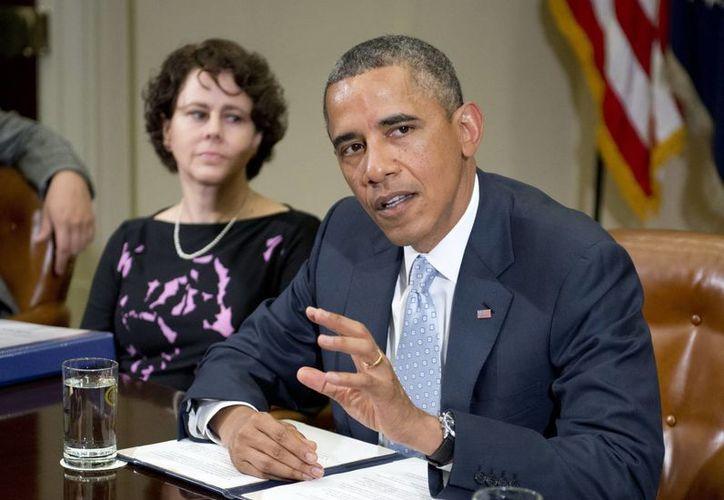 """Obama aseguró que EU está """"siguiendo los canales legales apropiados"""" """"para asegurarse de que la ley se cumple"""" en el caso de Edward Snowden. (EFE)"""