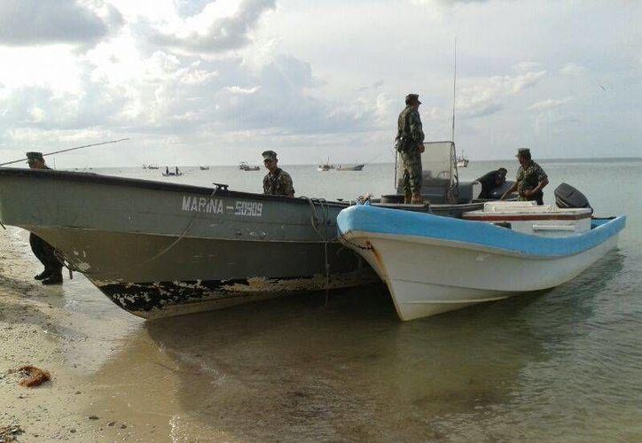 En la búsqueda de los pescadores de Dzilam Bravo desaparecidos participan embarcaciones de la Secretaría de Marina Armada de México. (SIPSE)