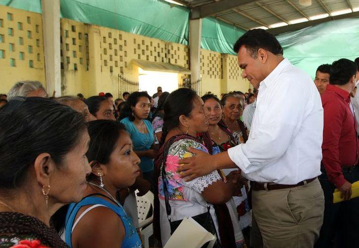 En la gira, Zapata Bello señaló que los programas llegarán a quien lo necesite. (Milenio Novedades)