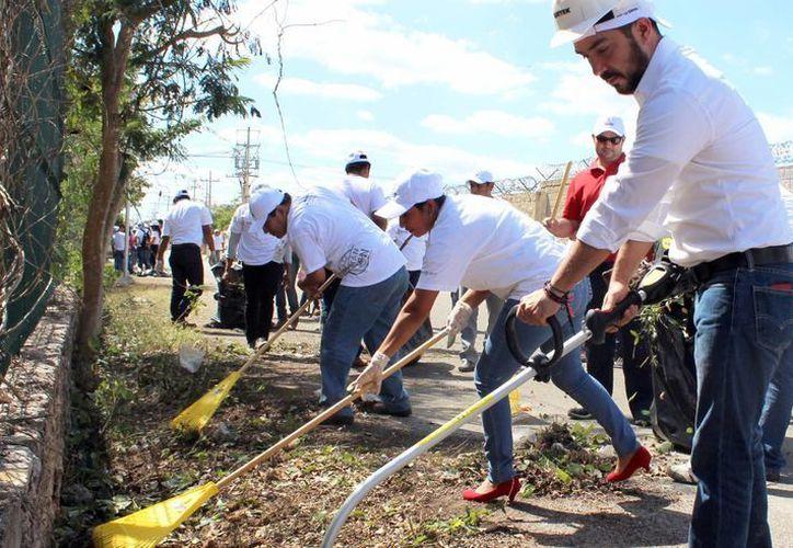 La Sejuve impulsa programas de participación responsable donde busca impulsar acciones de impacto social. Imagen de una de las campañas de limpieza. (Milenio Novedades)