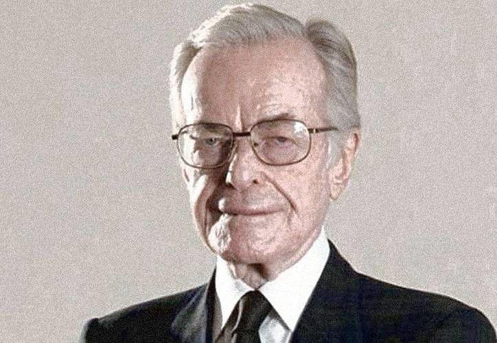 La madrugada del 2 de julio perdió la vida el periodista Jacobo Zabludovsky, a los 87 años de edad, víctima de un derrame cerebral. Se le consideraba icono del periodismo en México. (Notimex)