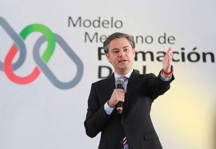 Aurelio Nuño dijo que uno de los puntos más importantes del nuevo modelo educativo es que el 80% de las materias serán obligatorias a escala nacional. (Archivo/Notimex)
